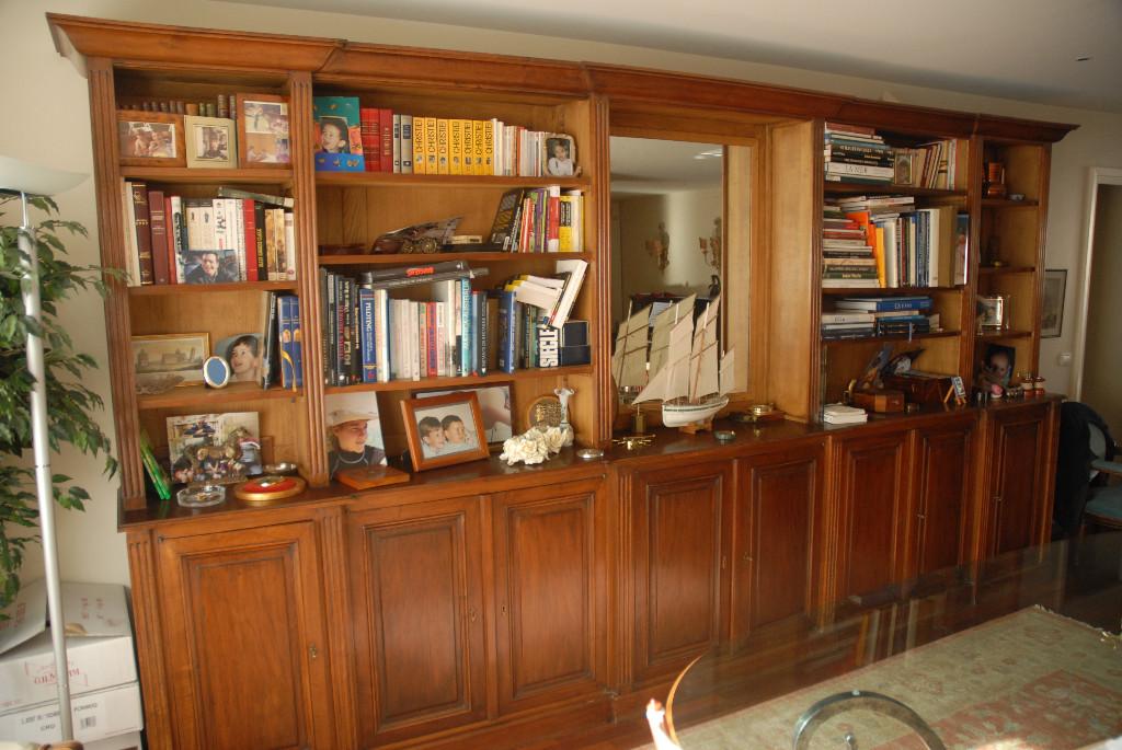 Bibliothèque de style louis XVI